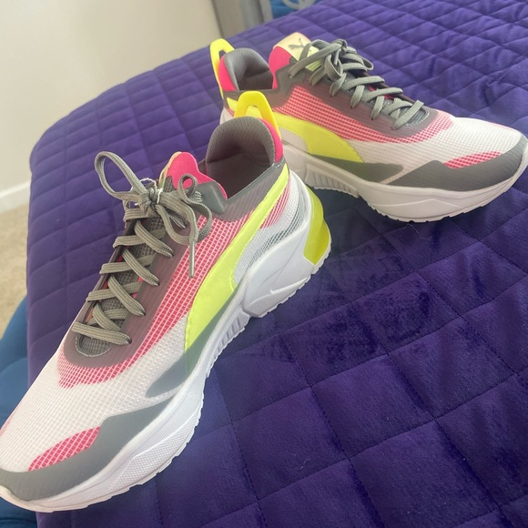 Lq cell puma(wore for 15 mins)